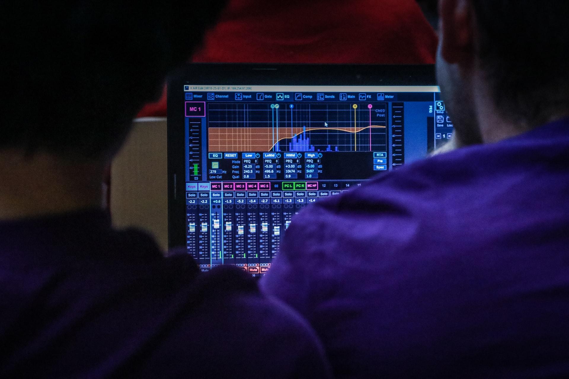 Embedded computer system-sound equalizer